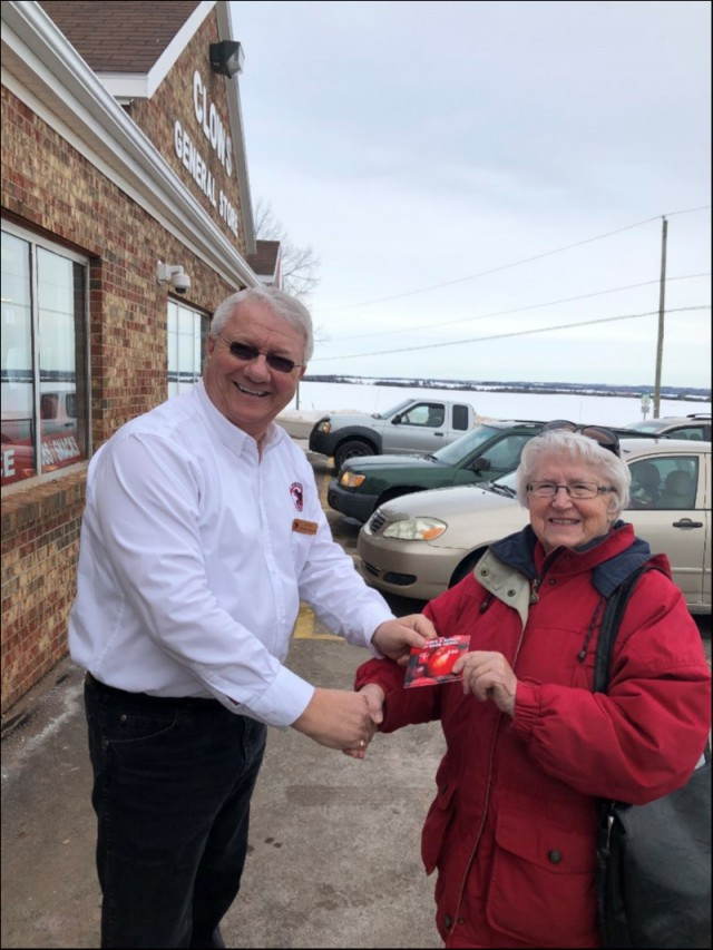 Board Member Don Reid presents the $50.00 Super Store Card to Audrey Cudmore of Hampshire PE. The care was offered as a door-prize to anyone willing to fill out a ballot at our table during the three days of the show.